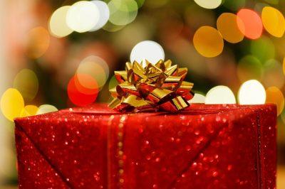 クリスマスプレゼントの子供が大喜びする4つの渡し方!