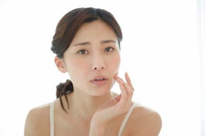花粉・ニキビと肌荒れの関係は?効果的な予防策を調査!
