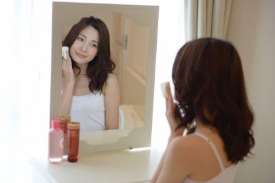 拭き取り化粧水とは?必要性と人気ランキングをチェック!