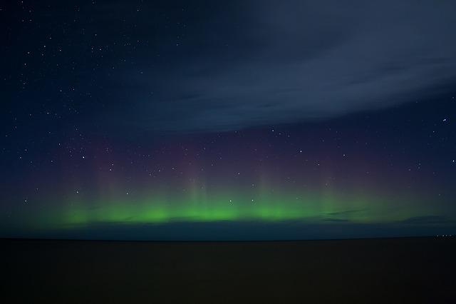 太陽フレアの影響で北海道でもオーロラが!時間や場所(方角)は?
