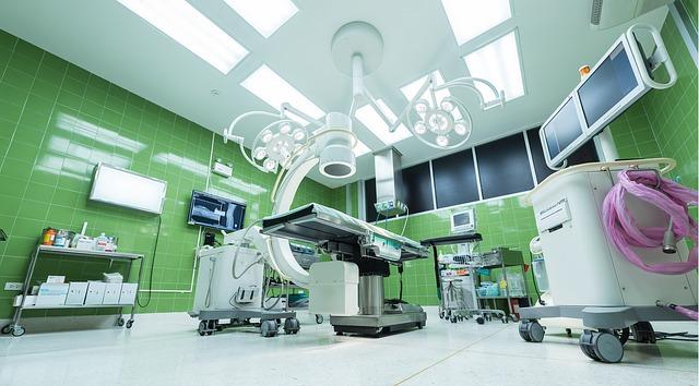 ドクターXで大門未知子が手術後に患者へ手を添える理由が気になる!