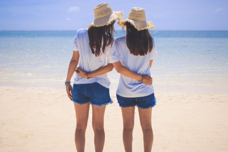 ラッシュガードとTシャツの違いを解りやすく!日焼け止めは必要?