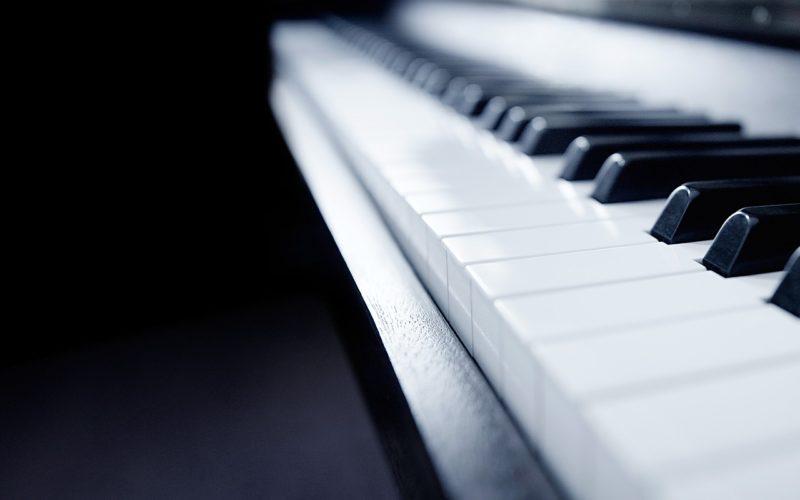 ピアノ調律の日